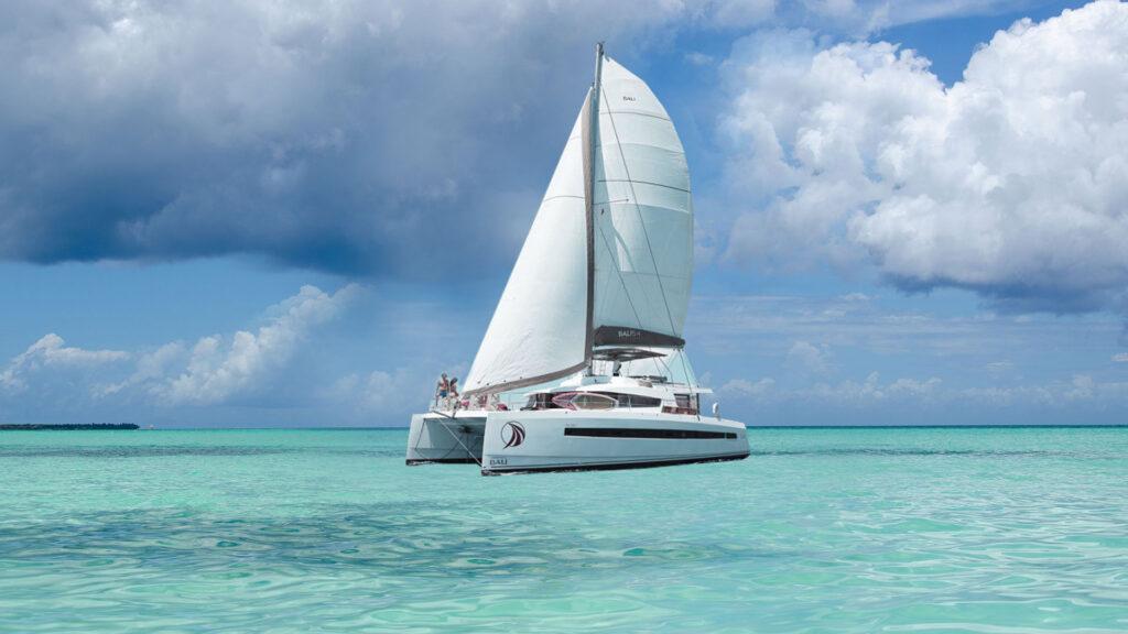 private charter yacht catamaran british virgin islands caribbean Bali 5.4